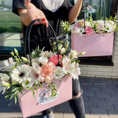 Цветочные сумочки в ассортименте